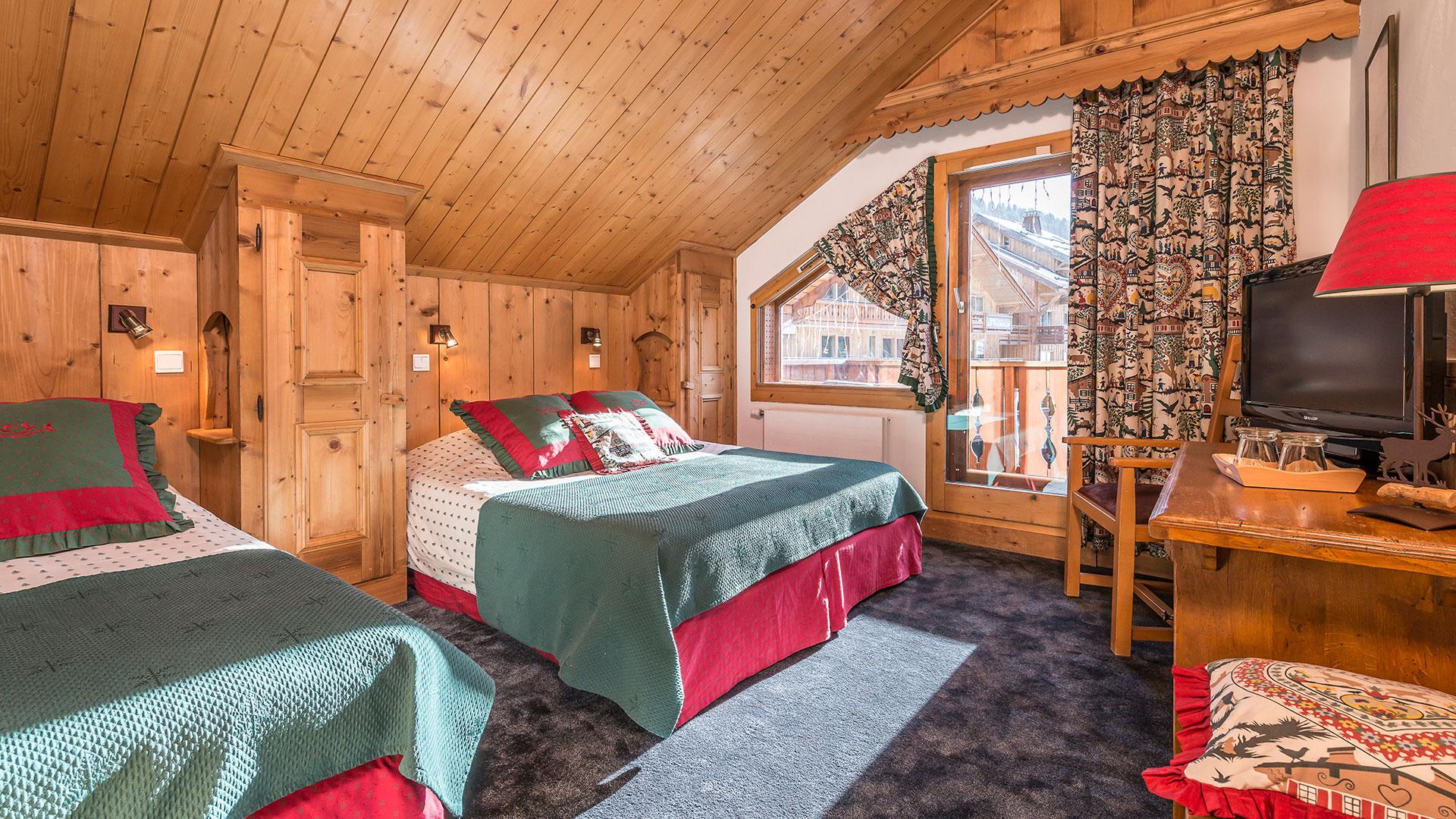 Chambre triple hôtel 3 étoiles alpes