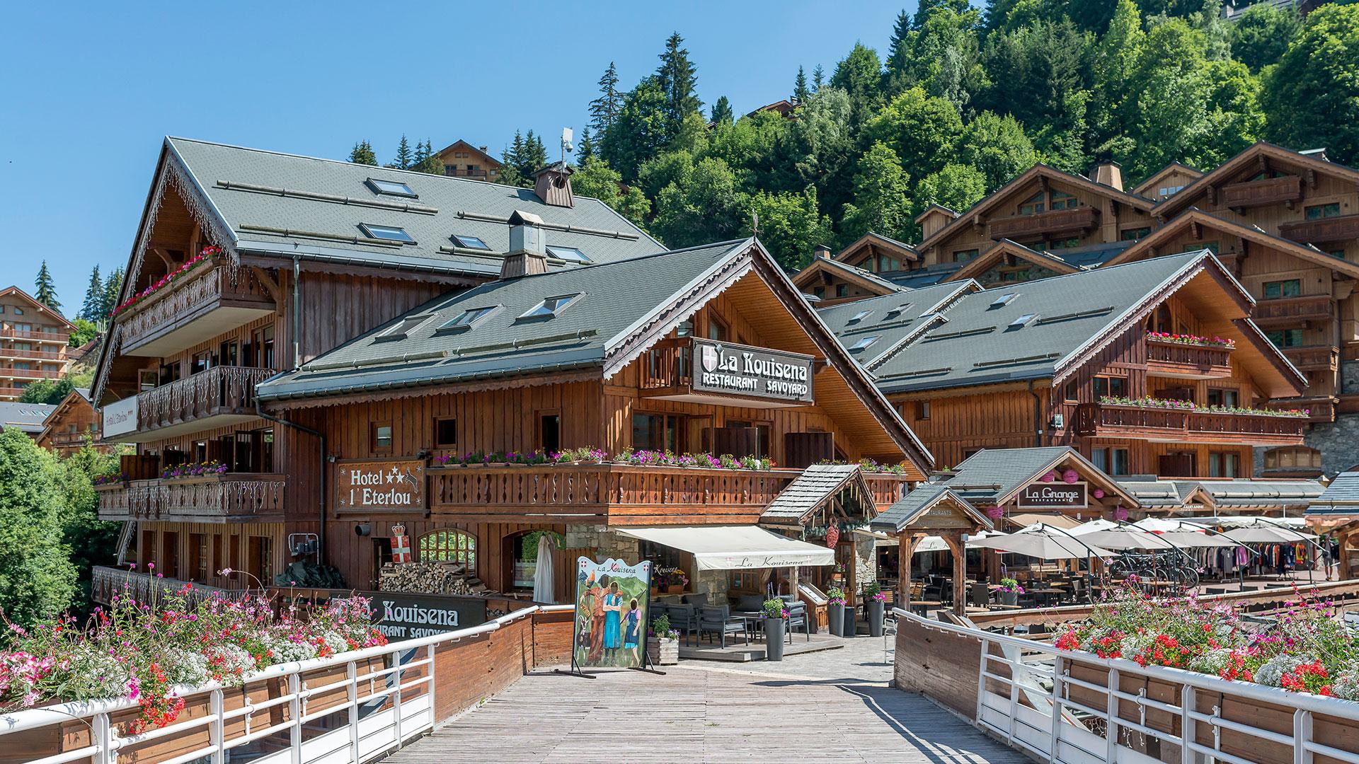Ville de Méribel hôtel ski alpes