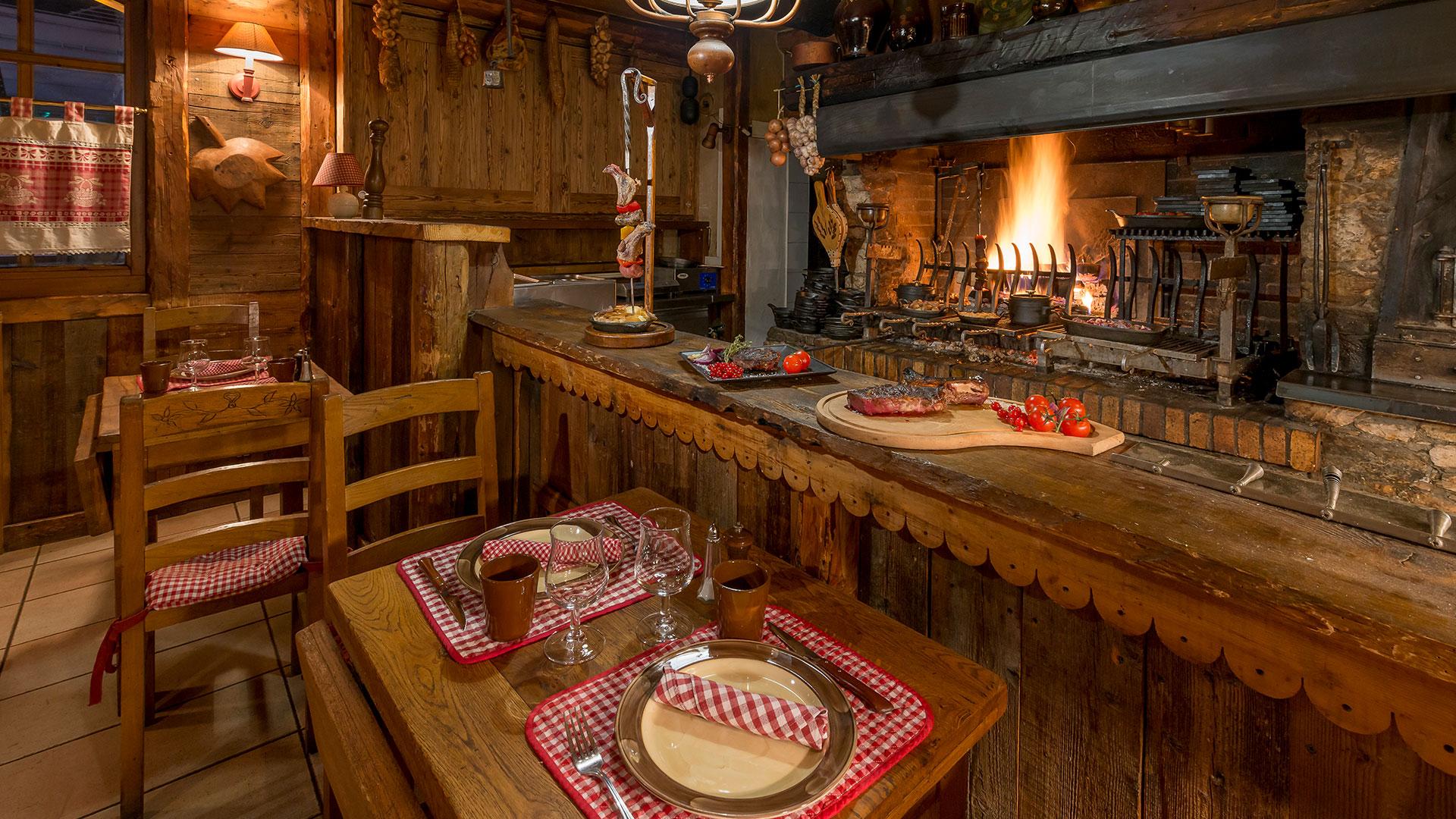 Restaurant savoyard dans les Alpes