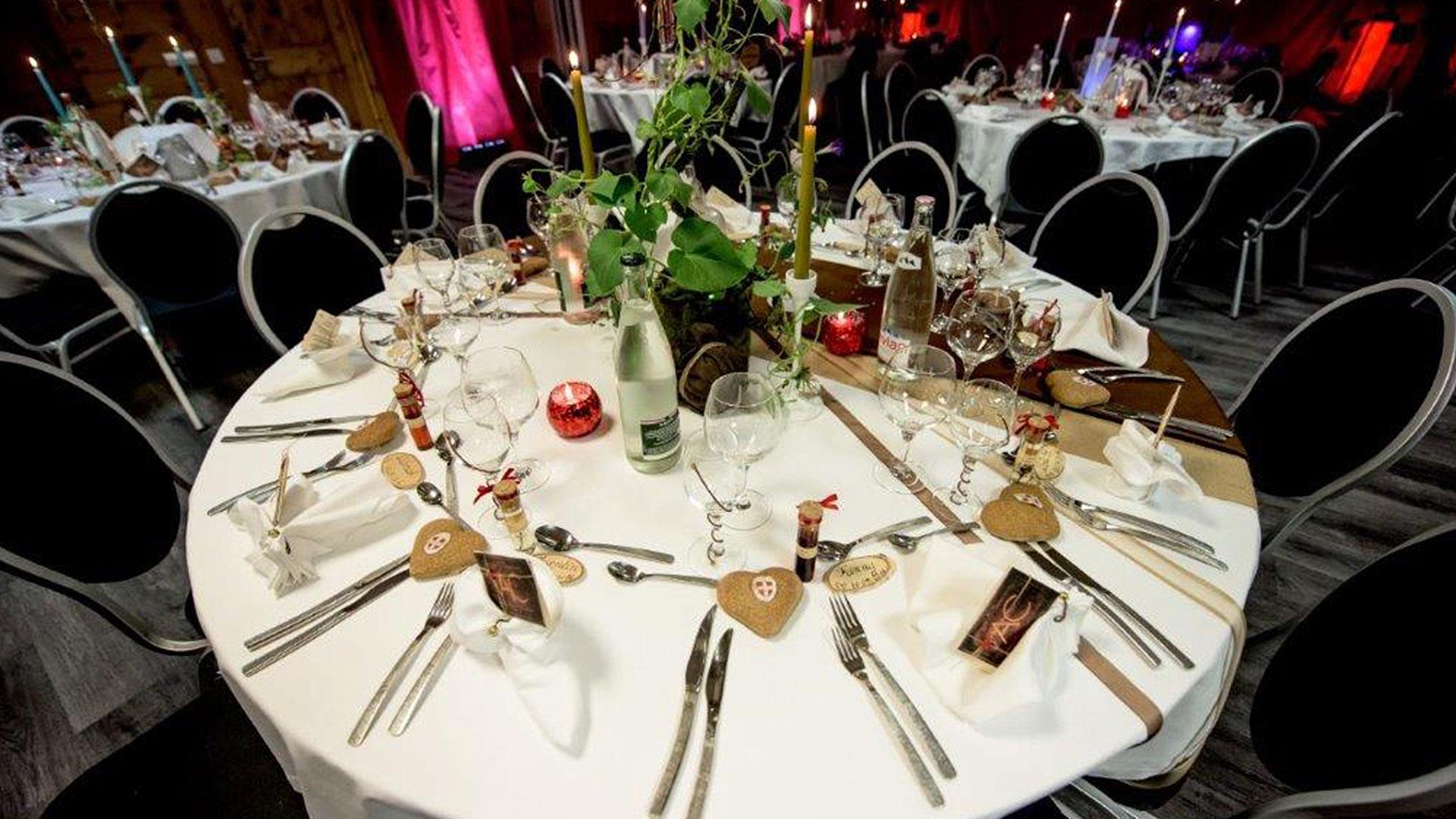 table de mariage hôtel romantique Savoie